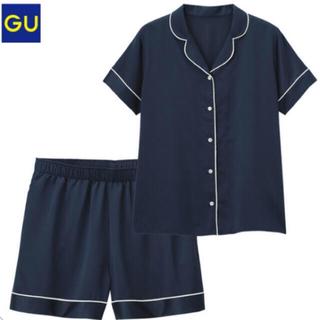 ジーユー(GU)のGU✳︎新品✳︎大人気パジャマ✳︎サテンネイビー✳︎半袖✳︎Sサイズ(パジャマ)