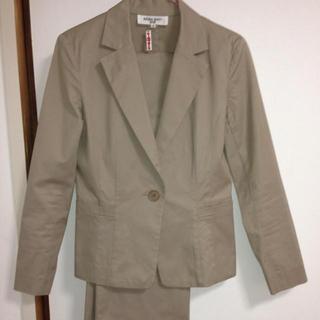ナチュラルビューティーベーシック(NATURAL BEAUTY BASIC)の週末限定送料無料 パンツスーツ(スーツ)