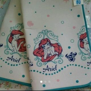ディズニー(Disney)の新品♡アリエル♡リビングカーペット♡センターラグ♡ディズニー♡プリンセス♡(カーペット)
