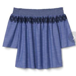 ギャップ(GAP)の今季*ほぼ未使用 GAP 刺繍オフショルダー(シャツ/ブラウス(半袖/袖なし))