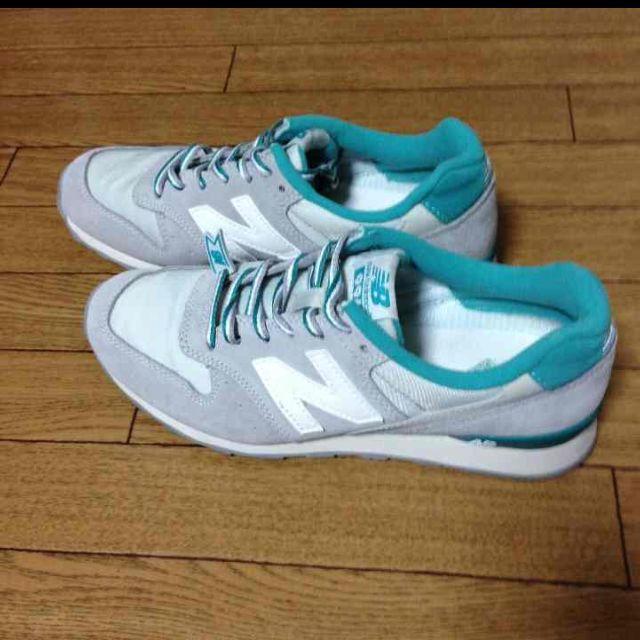 New Balance(ニューバランス)のNB 996★大人気グレー レディースの靴/シューズ(スニーカー)の商品写真