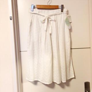 キャラジャ(CALAJA)の新品!リボン付き☆ミモレ丈フレアスカート(ひざ丈スカート)