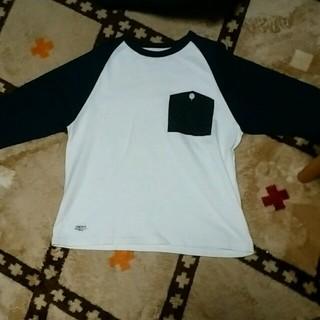 アンライバルド(UNRIVALED)のUNRIVALEDロングTシャツ(Tシャツ/カットソー(七分/長袖))