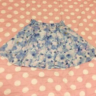 ジーユー(GU)のGU♡花柄シフォンスカート(スカート)