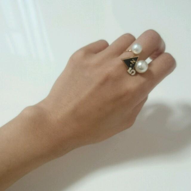 トライアングルcoco ねじれリング☆指輪/フリーサイズ/ゴールド ハンドメイドのアクセサリー(リング)の商品写真
