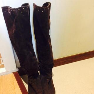 エスペランサ(ESPERANZA)の美品♡ゴールドスタッズ付きスエード♡ブラウン♡ニーハイブーツ♡(ブーツ)