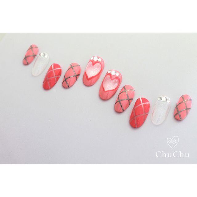 【ネイルチップ】ハート・ピンクネイル [n040] ハンドメイドのアクセサリー(ネイルチップ)の商品写真