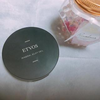 エトヴォス(ETVOS)のエトヴォス ETVOS ミネラルシルキーベール フェイスパウダー(フェイスパウダー)