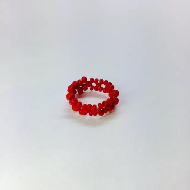 真っ赤な印象のレッドリング ハンドメイドのアクセサリー(リング)の商品写真