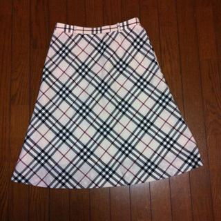 バーバリー(BURBERRY)のバーバリー☆スカートとワンピース(ひざ丈スカート)