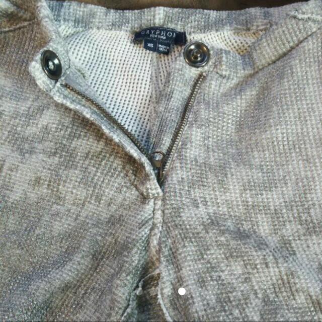 STUNNING LURE(スタニングルアー)のスタンニングルアー ショートパンツ レディース シルバー グレー 箔付き  レディースのパンツ(ショートパンツ)の商品写真
