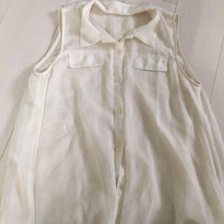 ジーユー(GU)のgu トップス シースルー(シャツ/ブラウス(半袖/袖なし))