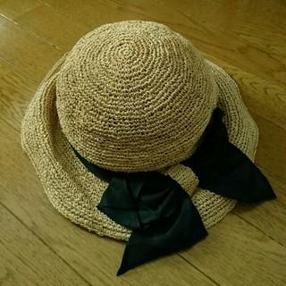カシラ(CA4LA)のCA4LA 黒リボン ストローハット 新品(麦わら帽子/ストローハット)