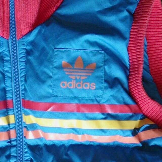 adidas(アディダス)のadidasダウンベスト レディースのジャケット/アウター(ダウンジャケット)の商品写真
