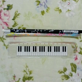 ピアノ鍵盤のものさしと音符鉛筆(その他)