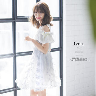 トッコ(tocco)のtocco closet♡ラメ糸刺繍セット+スカート(セット/コーデ)