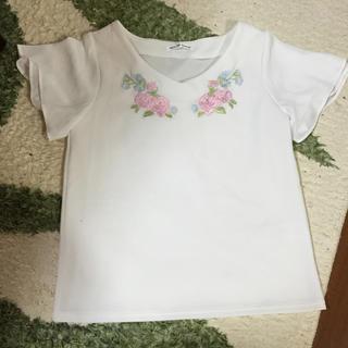 シマムラ(しまむら)の花柄刺繍トップス(カットソー(半袖/袖なし))