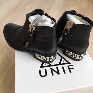 ユニフ(UNIF)のUNIF  ブーツ  美品 (ブーツ)
