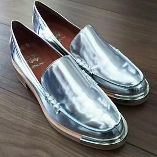 ジェフリーキャンベル(JEFFREY CAMPBELL)のジェフリーキャンベル  ローファー(ローファー/革靴)