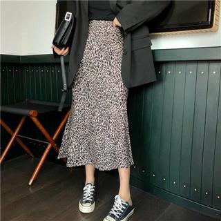 アンティカ(antiqua)の新品 未使用 レオパード 柄 スカート ロング(ロングスカート)