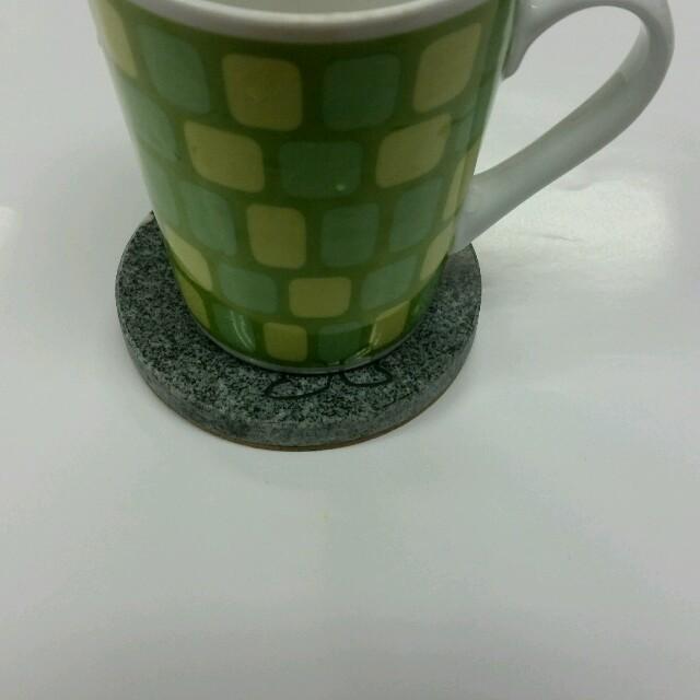 団吉くんコースター 全身 インテリア/住まい/日用品のキッチン/食器(テーブル用品)の商品写真