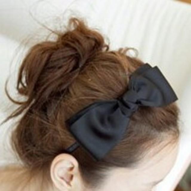 リボンカチューシャ★黒 レディースのヘアアクセサリー(カチューシャ)の商品写真