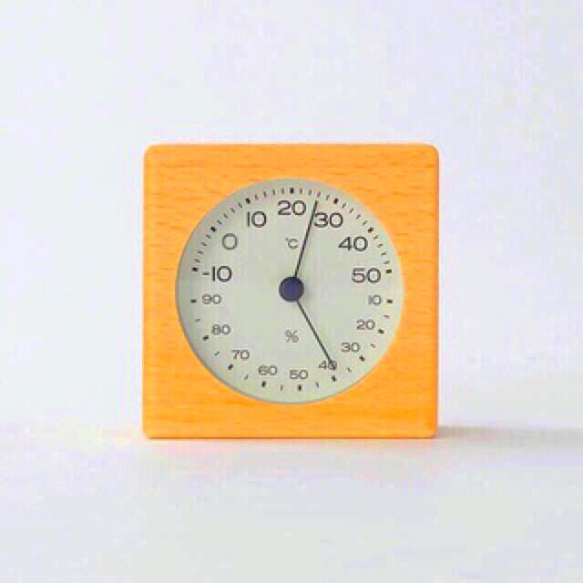 MUJI (無印良品)(ムジルシリョウヒン)の【新品】MUJI ブナ材温湿度計  インテリア/住まい/日用品のインテリア/住まい/日用品 その他(その他)の商品写真
