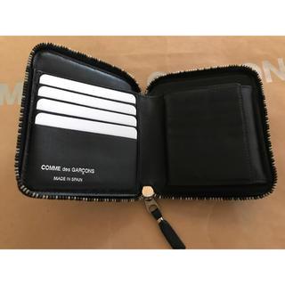 22995dc33744 コムデギャルソン(COMME des GARCONS)のCOMME des GARÇONS 財布(折り財布)
