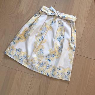 デビュードフィオレ(Debut de Fiore)のデビュードフィオレ レッセパッセ 花柄スカート ベルト付 アプ リランドチュール(ミニスカート)