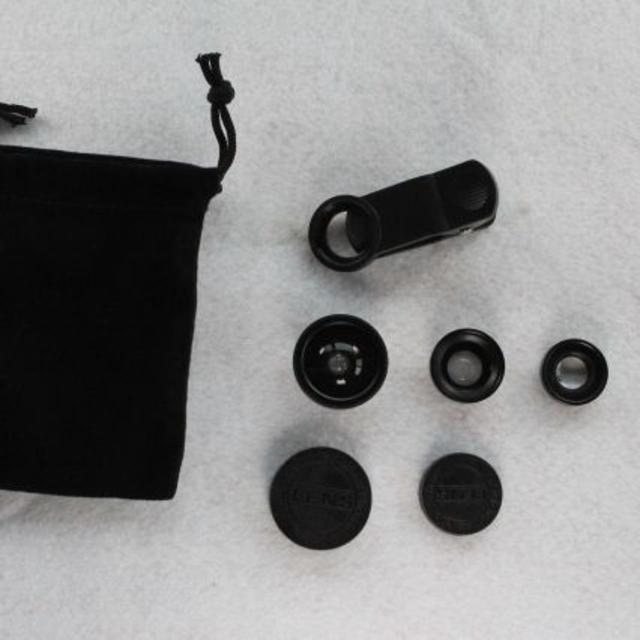 魚眼、広角、接写の3つのレンズ 3イン1 クリップレンズ   スマホ/家電/カメラのスマホアクセサリー(その他)の商品写真