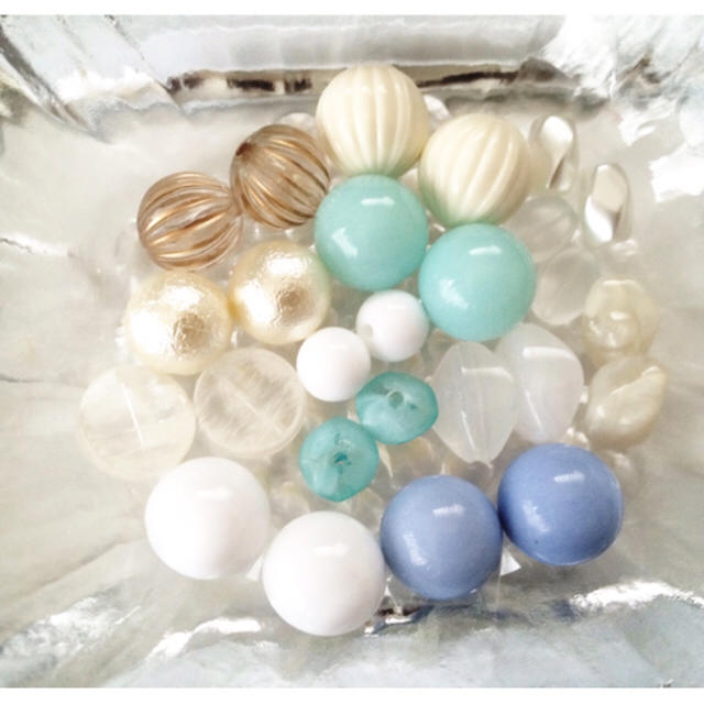 【限定①セット】ブルー系ビーズ➕カボションセット ハンドメイドの素材/材料(各種パーツ)の商品写真