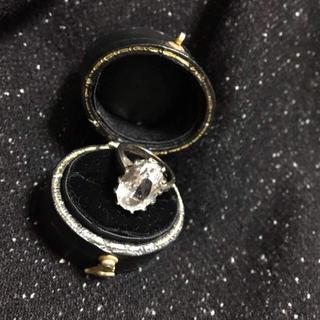 ホワイトトパーズの10Kヴィンテージ リング(リング(指輪))
