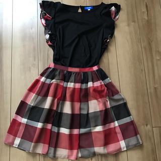 バーバリー(BURBERRY)のブルーレーベルクレストブリッジチェック柄スカート(ひざ丈スカート)