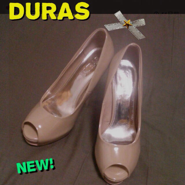 DURAS(デュラス)の新品‼ DURAS エナメルパンプス レディースの靴/シューズ(ハイヒール/パンプス)の商品写真