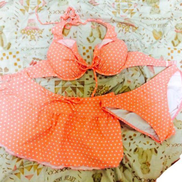 サーモンピンク 水着 レディースの水着/浴衣(水着)の商品写真