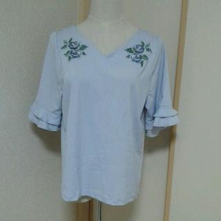 シマムラ(しまむら)の花刺繍 ティアード袖 バックリボン カットソー(カットソー(半袖/袖なし))
