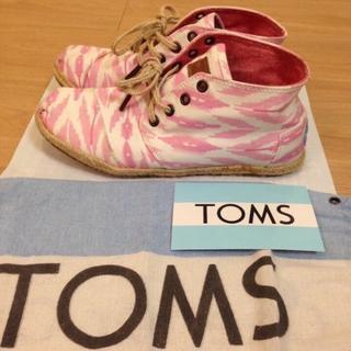 トムズ(TOMS)のセール!美品!Toms 春、夏用 軽いスニーカー(スニーカー)