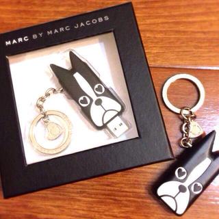 マークバイマークジェイコブス(MARC BY MARC JACOBS)のMarcbyMarcJacobs USB(キーホルダー)