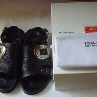 トーガ(TOGA)の 0113様 専用 TOGA PULLA×BEAMS メタルエンボスサンダル(サンダル)