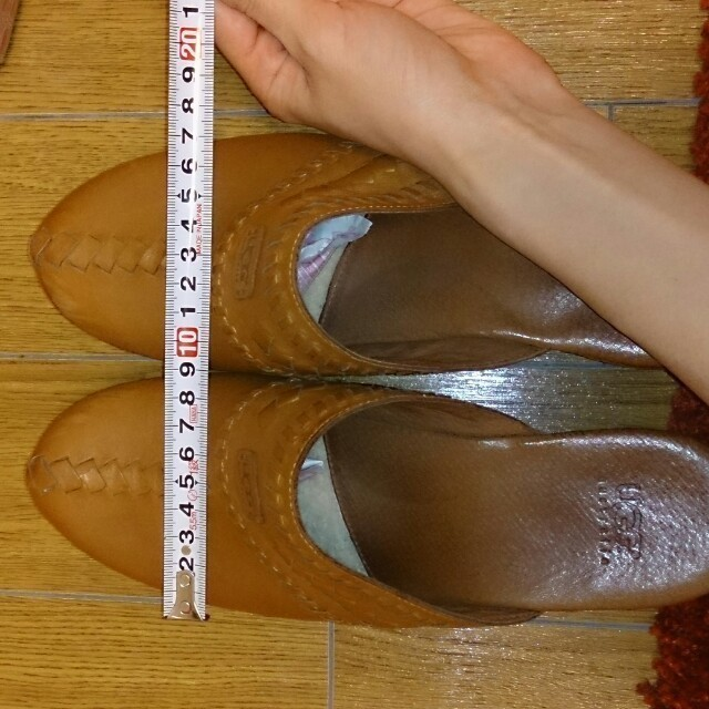 UGG(アグ)の再度値下げ!!UGG サボ♪25cm レディースの靴/シューズ(サンダル)の商品写真