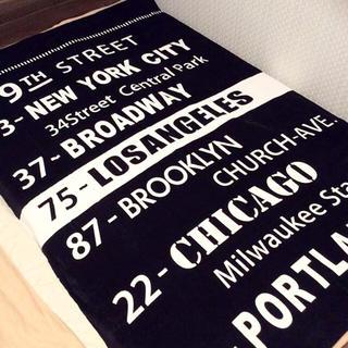 シマムラ(しまむら)の新品 送料無料 ブルックリン アメリカ タオルケット マット ブラック しまむら(毛布)