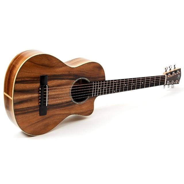 ★ギター女子にもおすすめ★アカシア最高品質アコースティックミニギター【送料無料】 楽器のギター(アコースティックギター)の商品写真