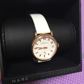 マークバイマークジェイコブス(MARC BY MARC JACOBS)のマークバイマークジェイコブス 腕時計 白(腕時計)