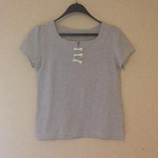 バーニーズニューヨーク(BARNEYS NEW YORK)のバーニーズ☆リボンTシャツ(Tシャツ(半袖/袖なし))