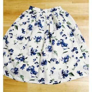 テチチ(Techichi)の花柄スカート(ひざ丈スカート)