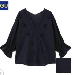 ジーユー(GU)のAiサマ 専用⁎⁺˳✧༚(シャツ/ブラウス(半袖/袖なし))