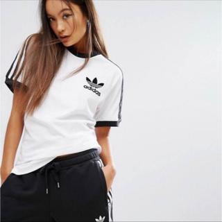 アディダス(adidas)のM ホワイト 新品 アディダス カリフォルニアTシャツ 白色 ユニセックス(Tシャツ/カットソー(半袖/袖なし))