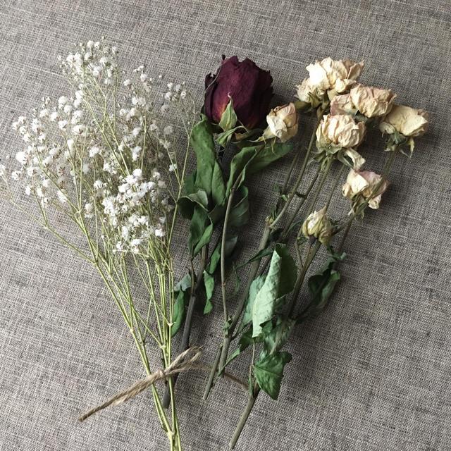 ✳︎SALE✳︎アンティークなピンク系の薔薇10個&かすみ草☆送料無料 商品28 ハンドメイドのフラワー/ガーデン(ドライフラワー)の商品写真