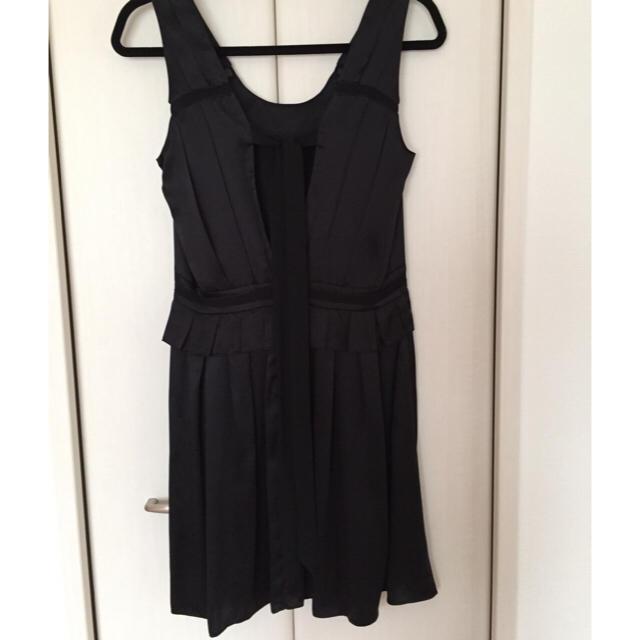 NINE(ナイン)のNINE シルクワンピース レディースのフォーマル/ドレス(ミディアムドレス)の商品写真