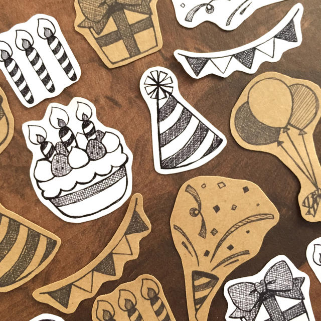 フレークシール15枚セット|ハッピーバースデー(モノクロVer.) ハンドメイドの文具/ステーショナリー(しおり/ステッカー)の商品写真